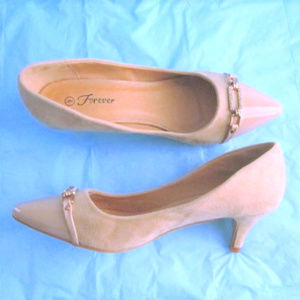"""Forever 2.5"""" Heel Suede Patent Leather Toe size 9"""